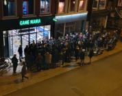 Pokémon-gekte om middernacht bij 42 Game Mania's in Nederland